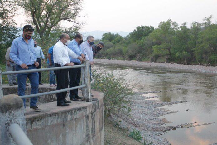Protegen el dique nivelador El Tala con una obra de canalización